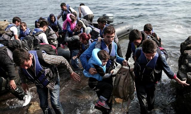 Syrian-refugees-landing